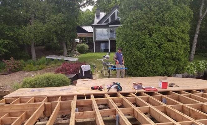 Réparation de quai en bois